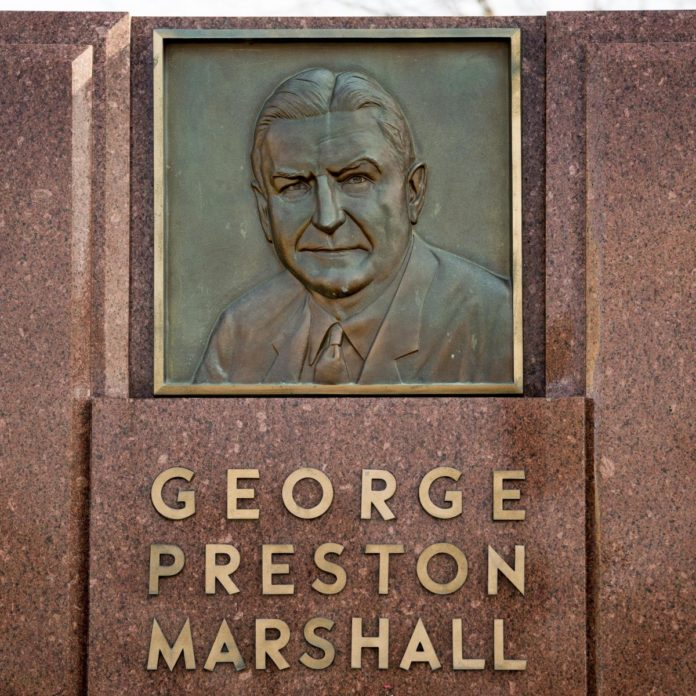 Adrian Peterson: Removal of George Preston Marshall Statue 'Makes Me Feel Good'