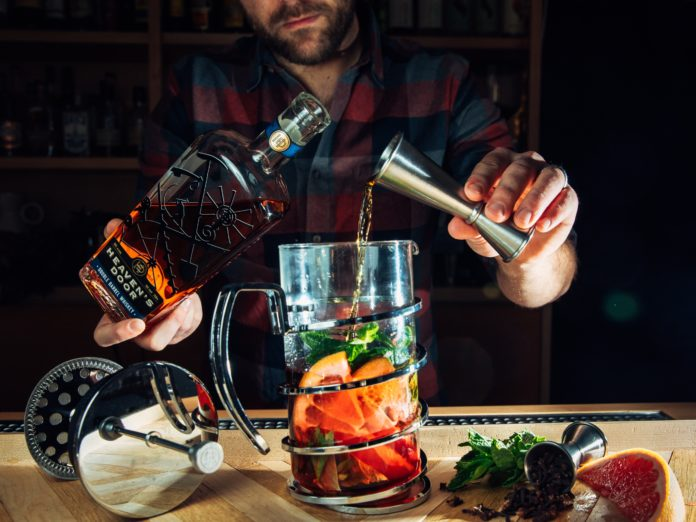11 easy cocktail recipes to make from home during lockdown for a holiday or special occasion