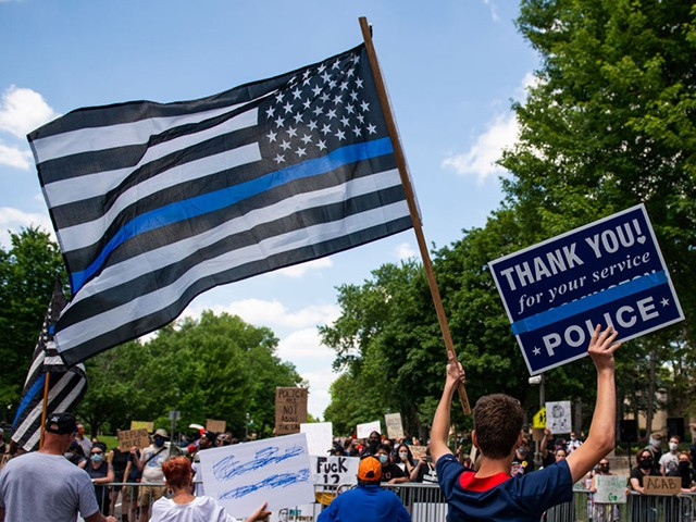 Thousands Turn Out for Long Island's 'Back the Blue' Rally